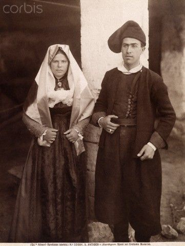 A young married couple in traditional bride and groom clothing - Iglesias Sardegna 1916   #TuscanyAgriturismoGiratola