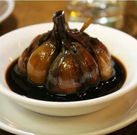 ﺗﺮﺷﻲ ﺳﻴﺮ aged pickled garlic