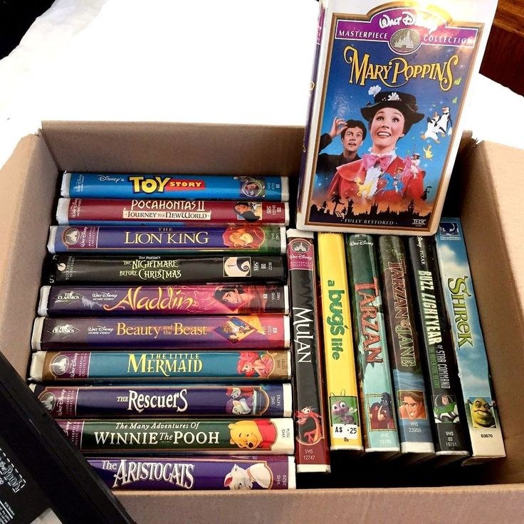 18 Classic Disney VHS Tapes Astrocats,Rescuers,Toy Story, Mermaid Mary Poppins +