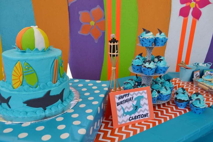 Surfin' Shark Party - For more pics of this party visit http://catchmyparty.com/photos/2070066