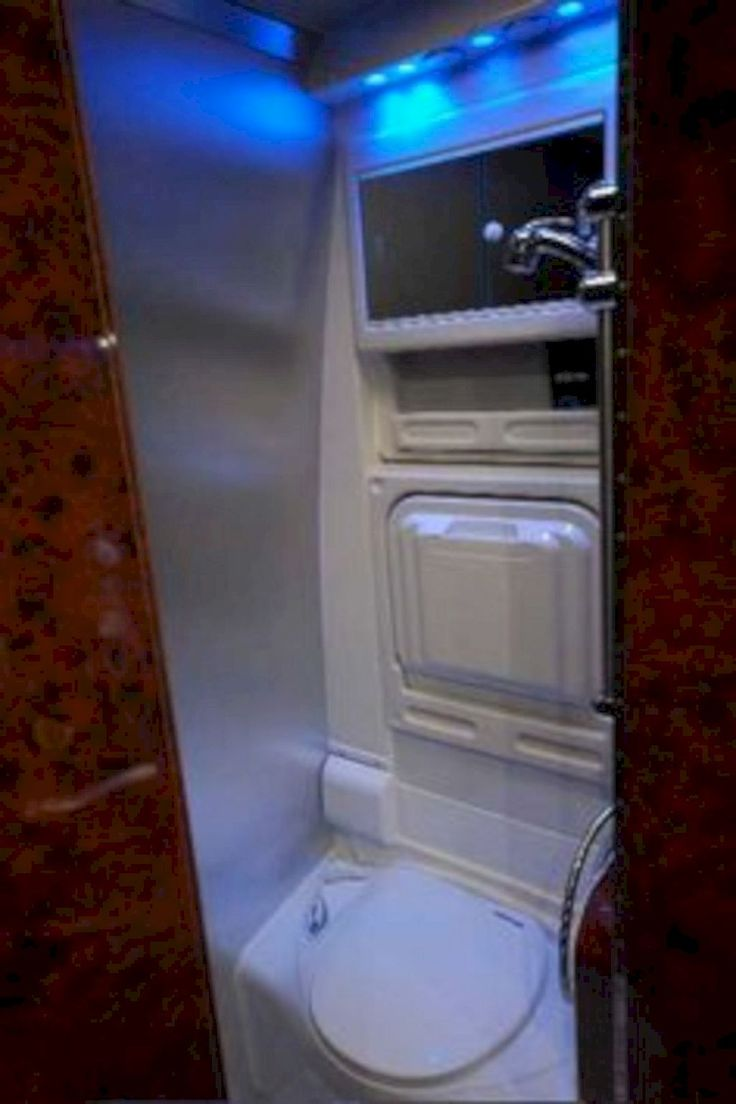 Nice 40 Small RV Bathroom Remodel Ideas https://homeylife.com/40-small-rv-bathroom-remodel-ideas/