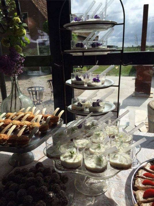 een onderdeel van de taarttafel van de Dorpswinkel van Ruth voor een bruiloft