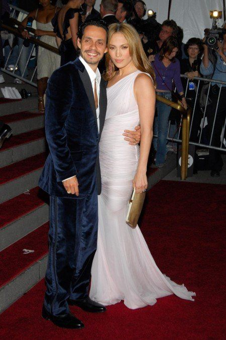 Jennifer Lopez and Marc Anthony  Jennifer Lopez married Marc Anthony in a surprise ceremony back in 2004. Everyone was shocked by this wedding. Anthony had only finalized his divorce from his first wife five days before the wedding while Lopez had been set to marry Ben Affleck only nine months before. Even the 35 guests who attended the wedding were surprised. They had been instructed to turn up at Lopez's Beverly Hills mansion for an afternoon party.