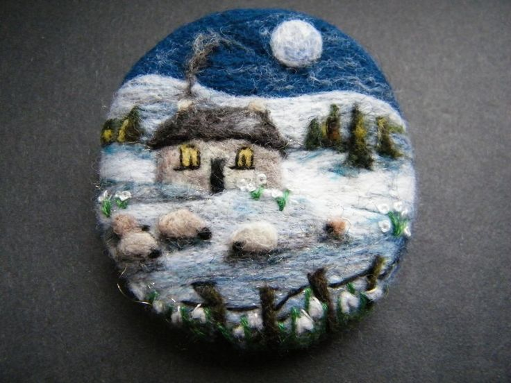 1029 best NEEDLEFELT - Pins and Brooches images on Pinterest ...
