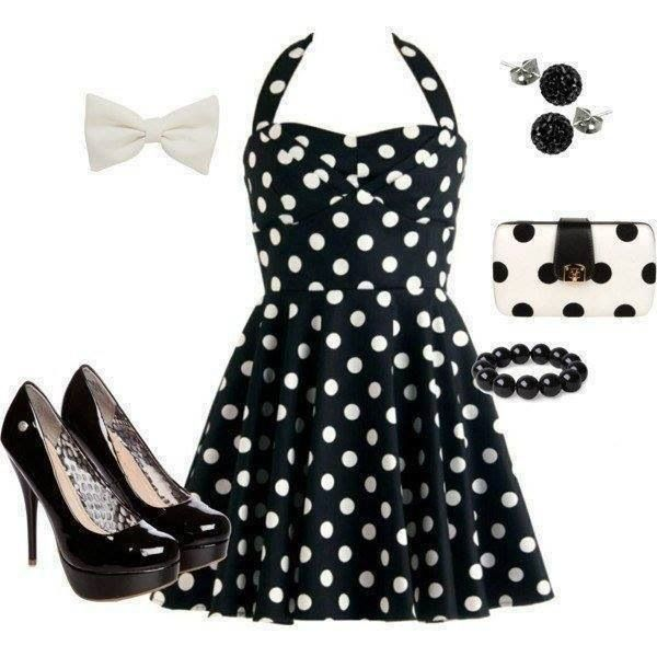 Cute dress! Love the polka dots! love the color combi...black and white