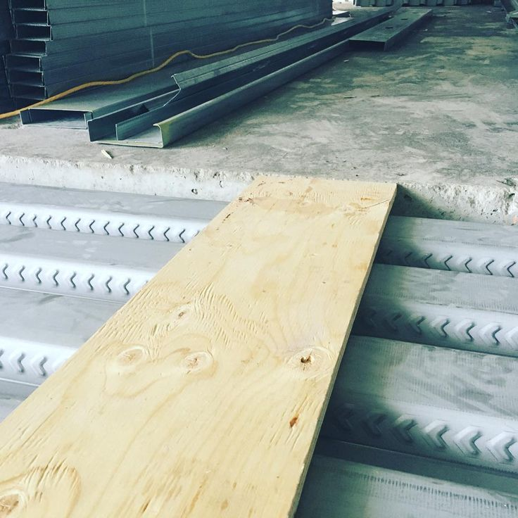 Our floor is almost done with the plywoodjust checking how flush its all going to be after all !  #grind#drywall#framing#taping#construction#toronto#contractor#interriordesign #commercial#office#realstate#framerlife#drywallers #drywallcompany #northyork#richmondhill#vaughan#missisauga#scarborough #gta#etobicoke #oakvile#markham#woodbridge#ontario