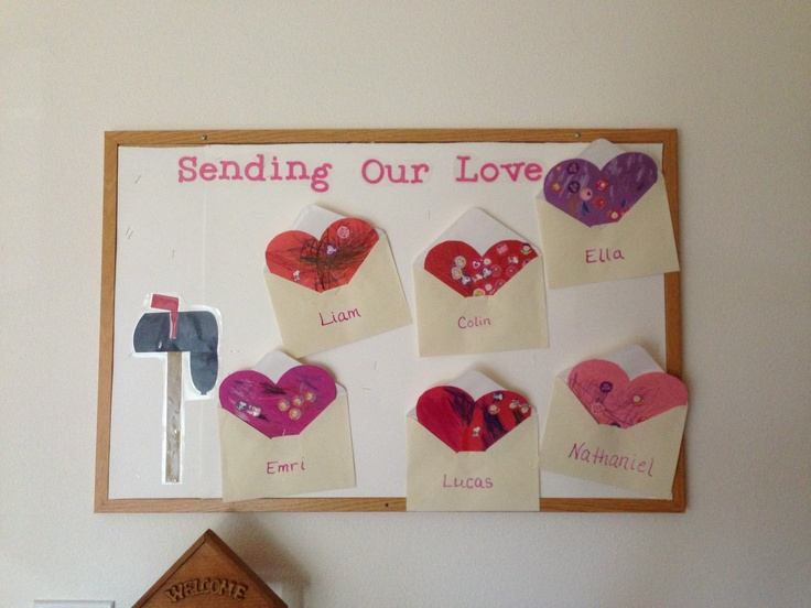 February bulletin.  Idea from mailbox magazine #littlehandsbigplan Great Valentine idea! #valentinesday