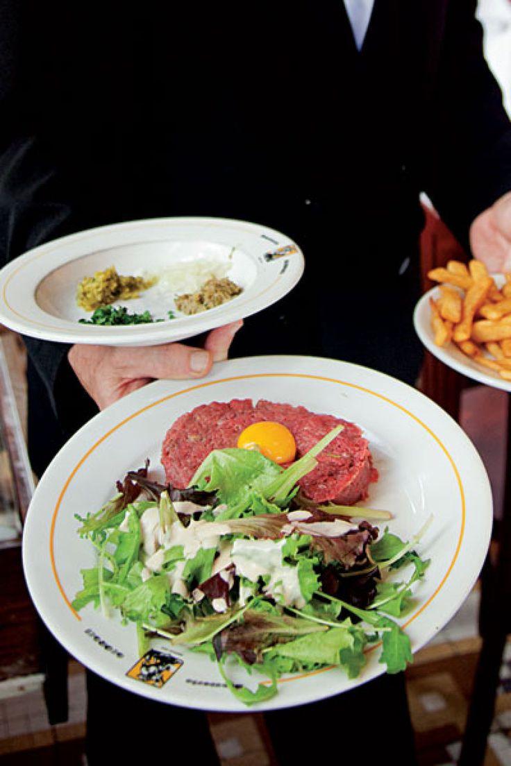 17 best ideas about steak tartare on pinterest tartare recipe plating and food plating - Tartare de boeuf cyril lignac ...