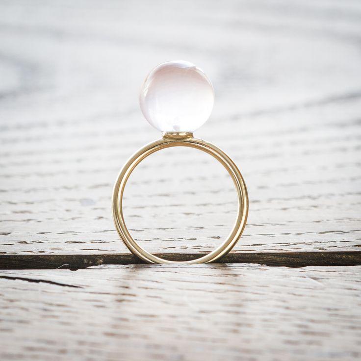 Rosen quartz - the love gem