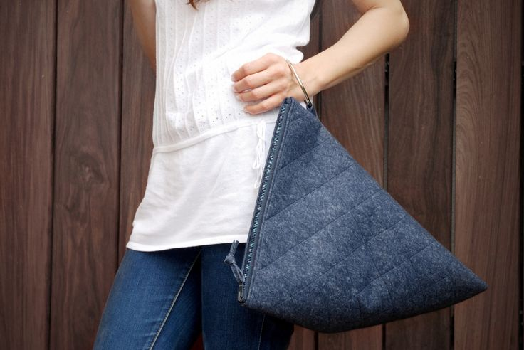 Bag - navy blue https://www.facebook.com/bagcyl