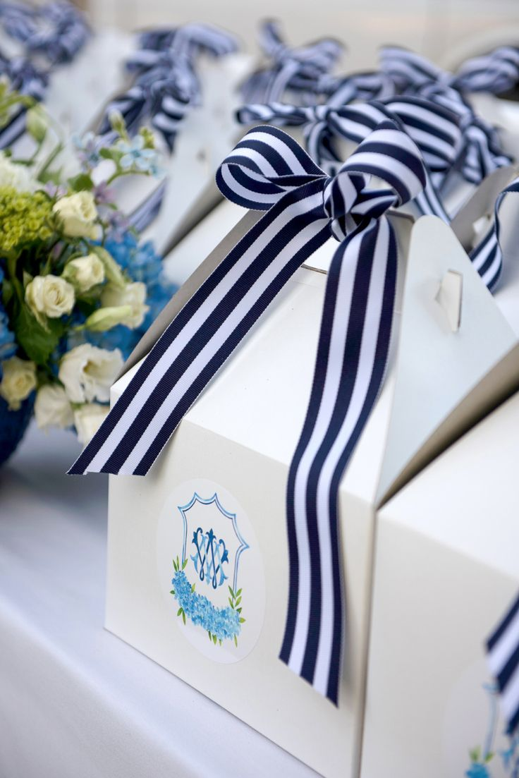 nautical preppy bow tied favor boxes  | Photography: Cameron & Kelly Studio