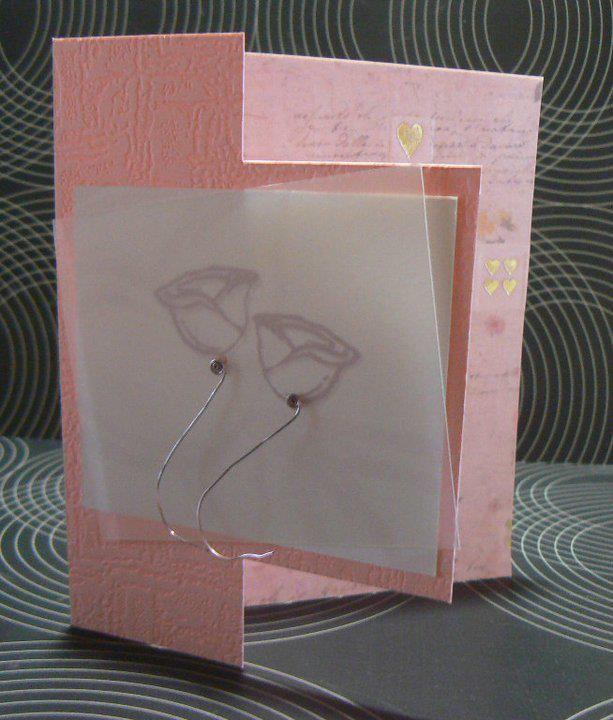 Valentijn wenskaart  - Kaart uit aangekocht karton - Binnenkant kaart & roosjes voorkant gerecycleerd uit trouwkaart boek