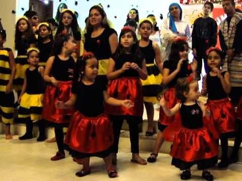Um Pequeno Natal - Coro Infantil da Primeira Igreja Batista de Natal