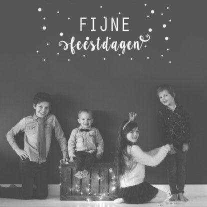 Een #kerstkaart met de een eigen #foto, en een vaste tekst voor op de kaart. Met aan de binnenkant een #stippen achtergrond.  Design: Huis van Mijn  Te vinden op: www.kaartje2go.nl