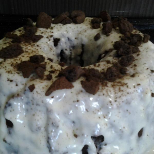 Receita de Creme de leite condensado para cobertura ou recheio - 1 lata de leite condensado, 1 caixinha de creme de leite, leite (a quantidade depende para...