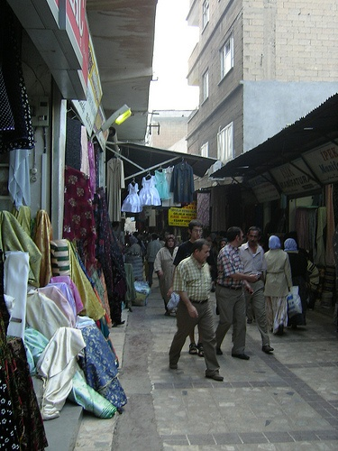 Sanliurfa (Urfa, Edessa, Riha, Urhai), Republic of Turkey - Summer, 2004 - %TEXT - http://turkey.mycityportal.net/2013/02/sanliurfa-urfa-edessa-riha-urhai-republic-of-turkey-summer-2004-13/ - http://turkey.mycityportal.net