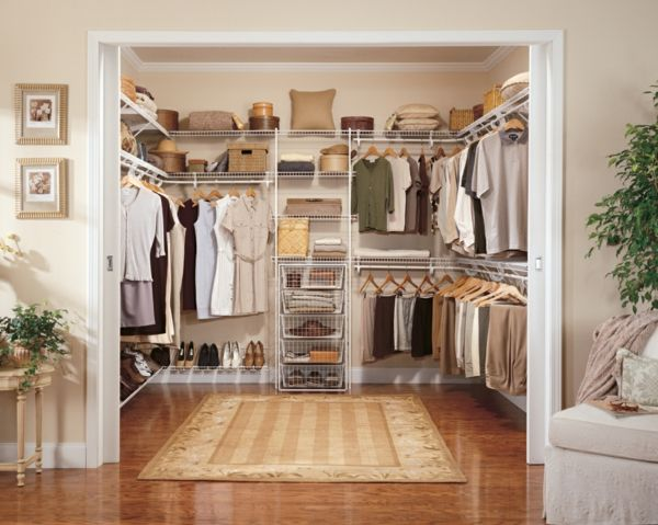 die besten 25 schrankkorb ideen auf pinterest kleine wohnung schrank ideen zur. Black Bedroom Furniture Sets. Home Design Ideas