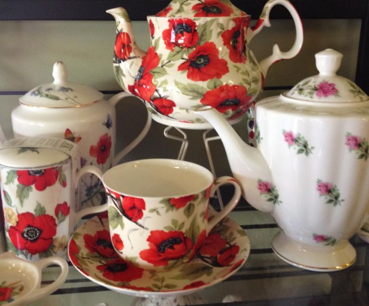 We have a great variety of teapots; fine bone China, Brown Betties, and more contemporary styles too.