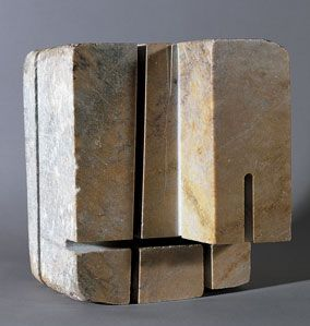 Jorge Oteiza - Tu eres Pedro, 1956-57. Marbre, 7.9 x 5.9 x 5.5 in