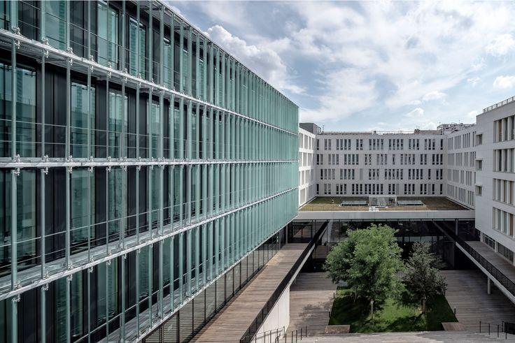 Vielfalt in der Einheit: Universitätszentrum »des Quais« in Lyon - DETAIL.de - das Architektur- und Bau-Portal