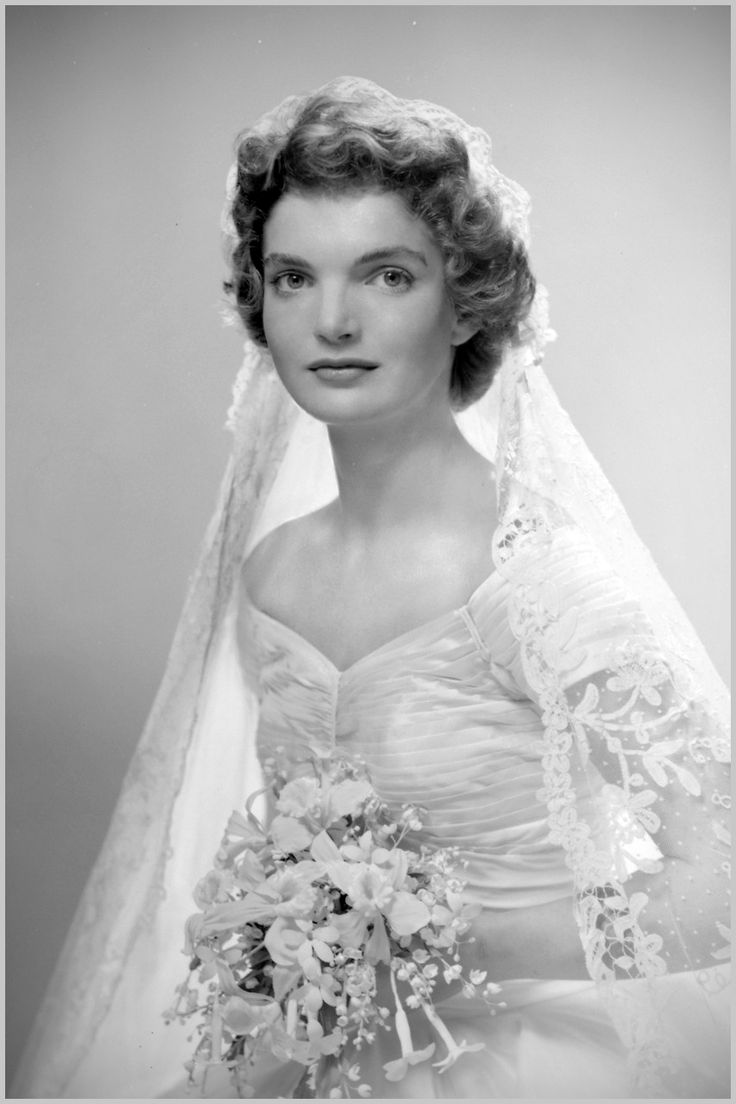 Jackie Kennedy on her wedding day in 1953...she was so sophisticated and feminine...