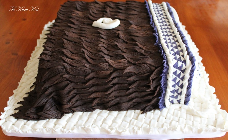 Live, Love & Learn: Korowai cake