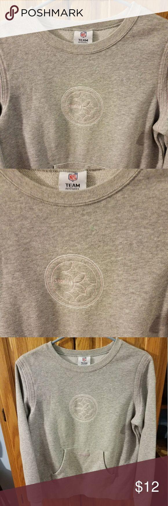 NFL Steelers sweatshirt Cute gray sweatshirt. In great used condition Tops Sweatshirts & Hoodies