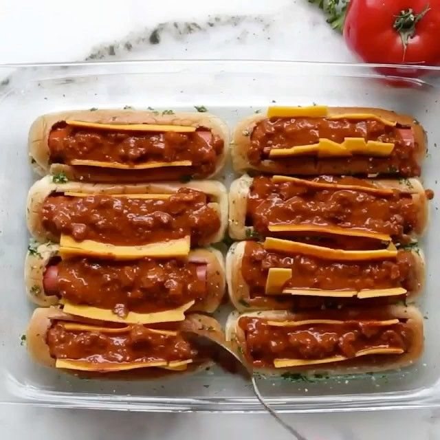 13k Likes 415 Comments Mecookmeeat Mecookmeeatnow On Instagram Chili Cheeze Dog Boats Looks So Go Hot Dog Recipes Food Chili Cheese Hot Dog