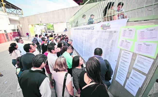 1.85 millones de desocupados tienen estudios superiores: Inegi; especialista opina que se desperdicia bono demográfico del país