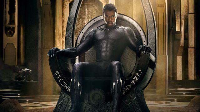 Primer teaser póster de Black Panther, esta noche habrá tráiler ! #cine #poster #marvel