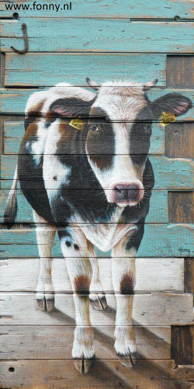 Zwartbonte koe op houten schot / Cow on a wooden partition - 68 x 136 cm | koe | dieren | schilderij | oud hout | deur | boerderij | cow | animals | painting | old wood | door | farm |