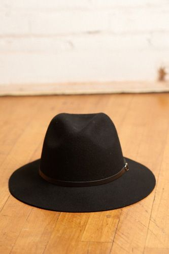 23 Summer Hats For The Shady Lady #refinery29  http://www.refinery29.com/summer-hats#slide16