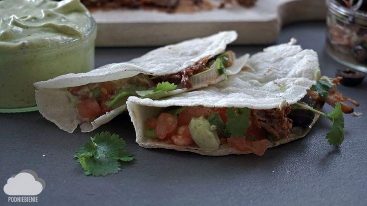 Tacos z szarpaną wieprzowiną! #tacos #szarpanawieprzowina #tortilla #PodNiebienie #tacos #pulledpork #tortillas #avocado #awokado #salsa #mexicanfood