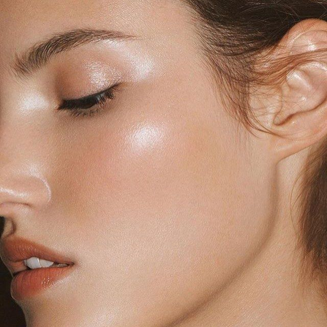 Perfect application of our hero product, Living Luminizer. Sometimes the lightest touch of luminescence makes all the difference! @eliastahan, makeup @cynthia_rose