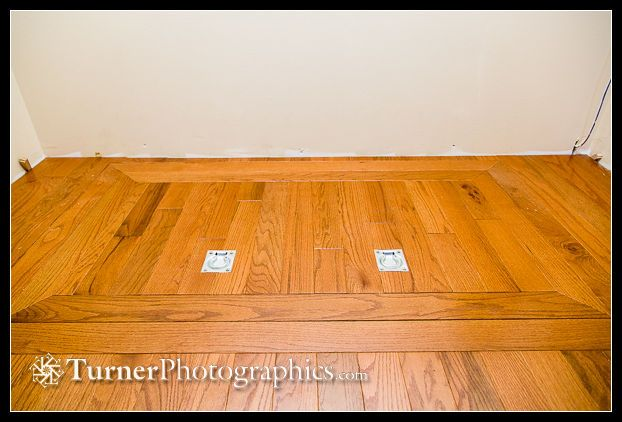 how to build a crawl space access door