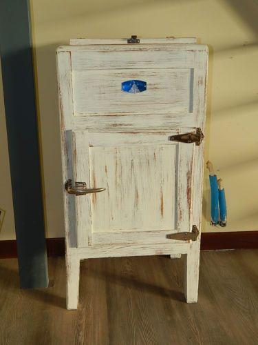 Ghiacciaia anni 39 50 shabby in arte e antiquariato - Progetti mobili in legno pdf ...
