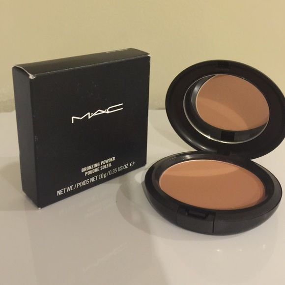 MAC Bronzing Powder Mac bronzing powder in Matte Bronze. Brand new in box. No trades. Please ask any questions prior to purchasing. Thank you MAC Cosmetics Makeup Bronzer