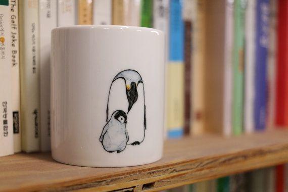 Hoi! Ik heb een geweldige listing gevonden op Etsy https://www.etsy.com/nl/listing/203396860/hand-painted-animal-mug-cup-cute-mug-cup
