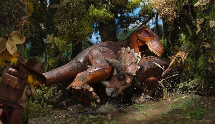 En 2017 : Un livre sur les dinosaures, avec des LEGO dedans...: Souvenez-vous : en janvier dernier, l'éditeur Muttpop lançait ici un… #LEGO