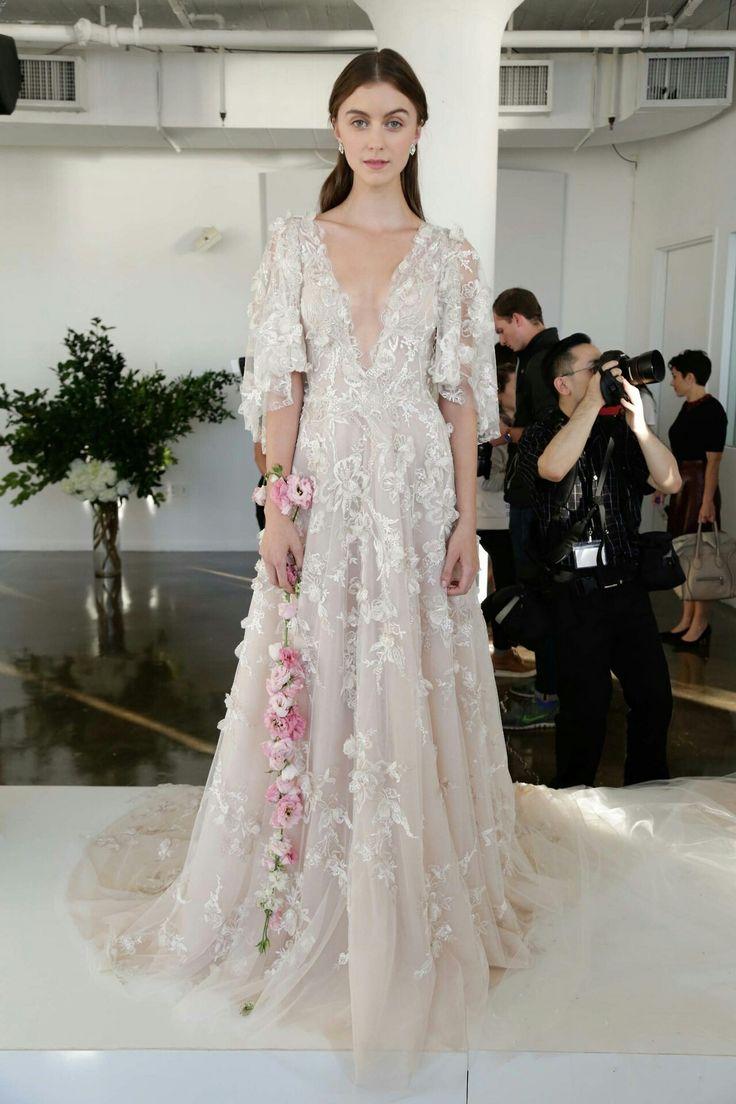 best WEDDING GOWN images on Pinterest Wedding frocks Bridal