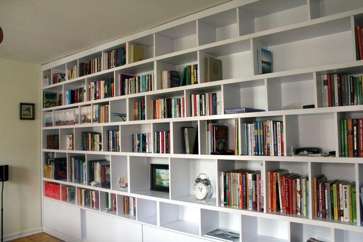 regał na książki na wymiar custom made bookshelf on books #regał #bookshelf #shelves #półki #książka #books #biel #white #meble #furniture #dom #home #decor #design #instasize #instaphoto #likeit #warszawa #warsaw #polska