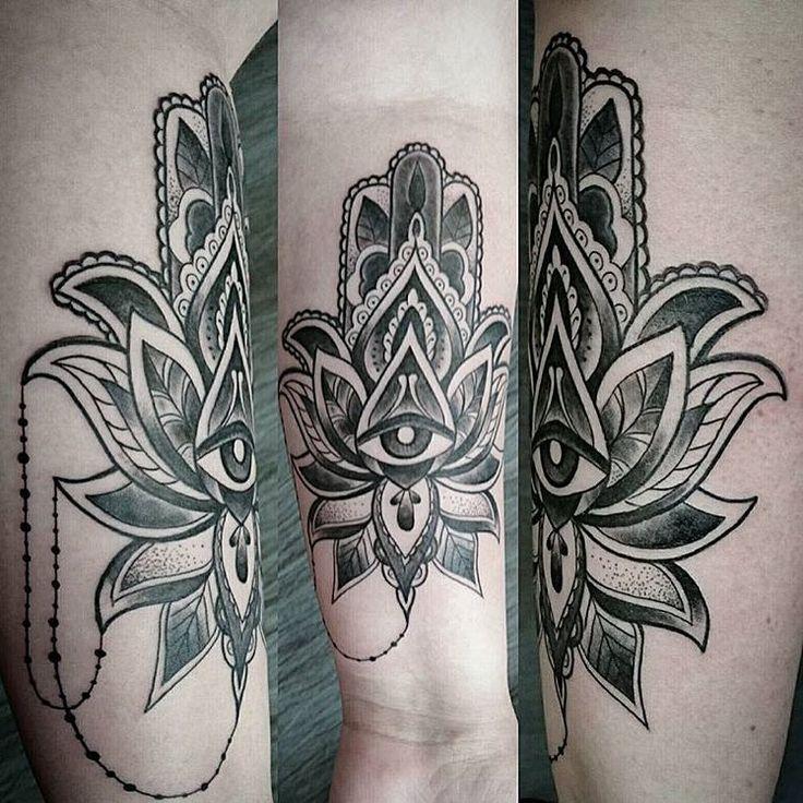 hamsa classy tattoo