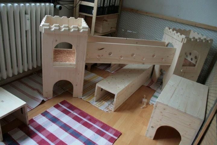 17 best images about pupulaan on pinterest rabbit toys for Homemade bunny houses