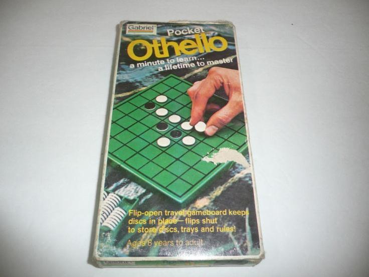 Vintage 1977 Pocket Othello Game