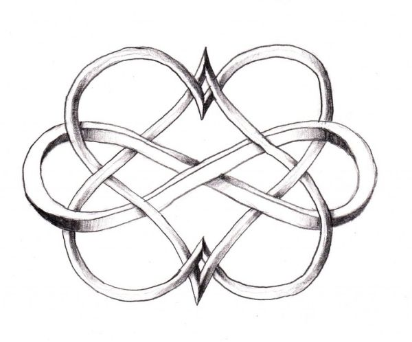 I love Celtic knots... This 3-D one is amazing I could see this being a cool tattoo but with colors :) by rebecca2
