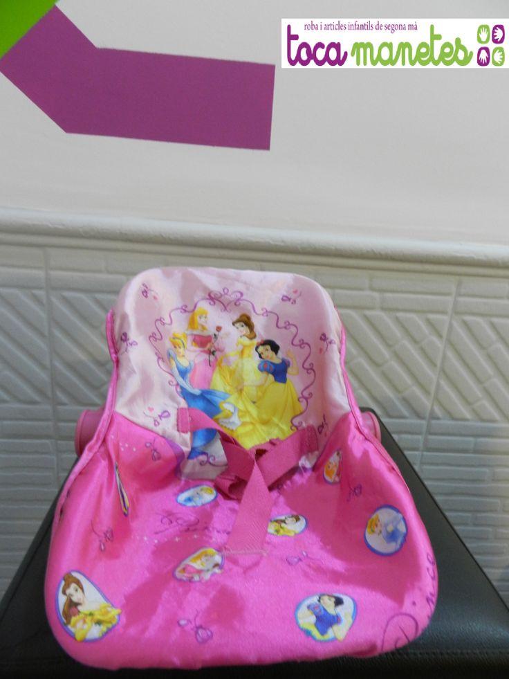 Hamaca para muñeco. Diseño Princesas Disney. PVP TocaManetes: 7€.