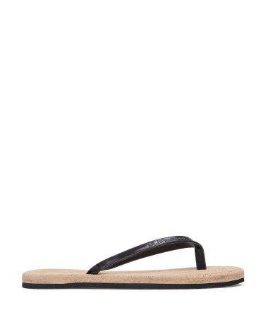 Bcbgeneration Siyah Rugan Parmak Arası Terlik #sandalet #düzsandalet #parmakarası #parmakarasısandalet #parmakarasıterlik #plajterliği #bcbg #sandals #fashion #trend #style #look #moda #2016modası