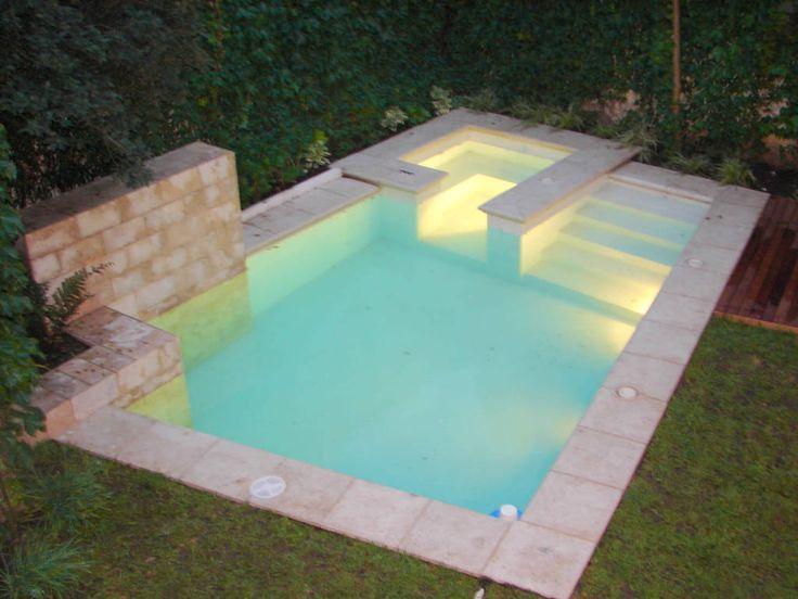Las 25 mejores ideas sobre piscinas modernas en pinterest for Patios interiores con piscina