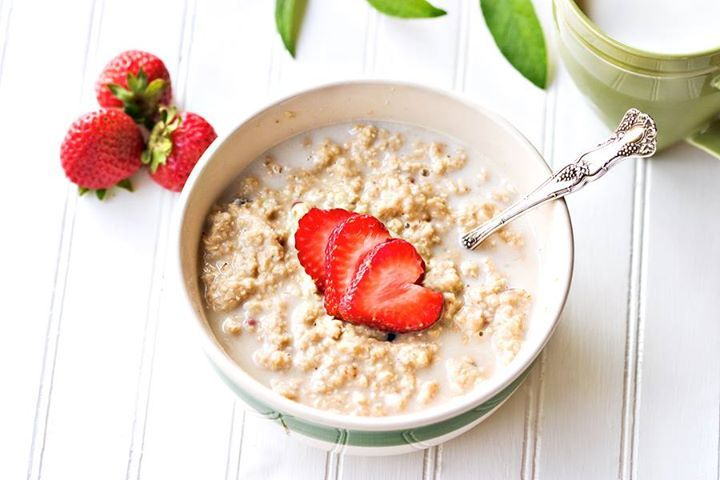 Oatmeal with real strawberries - (1 box = 7 meals) Natural quick cook rolled oats with real strawberry slices and evaporated cane juice. This is a great on the go healthy natural breakfast. - available at medi-health.com  Special Price $18.69