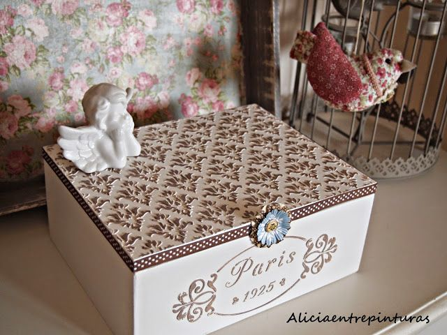Alicia entre pinturas: CAJA RELIEVE PARIS